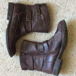 Montana Rylan brown booties. Size 7.5.